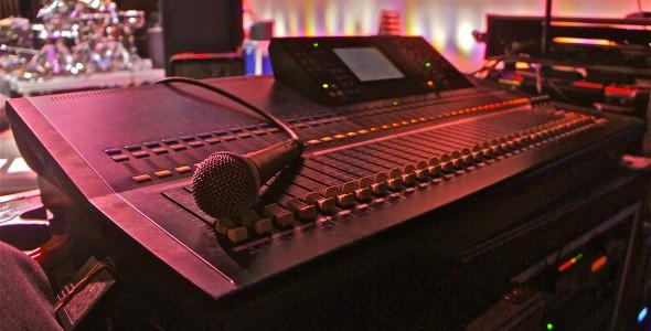 LS9-32 Digital Mixing Console