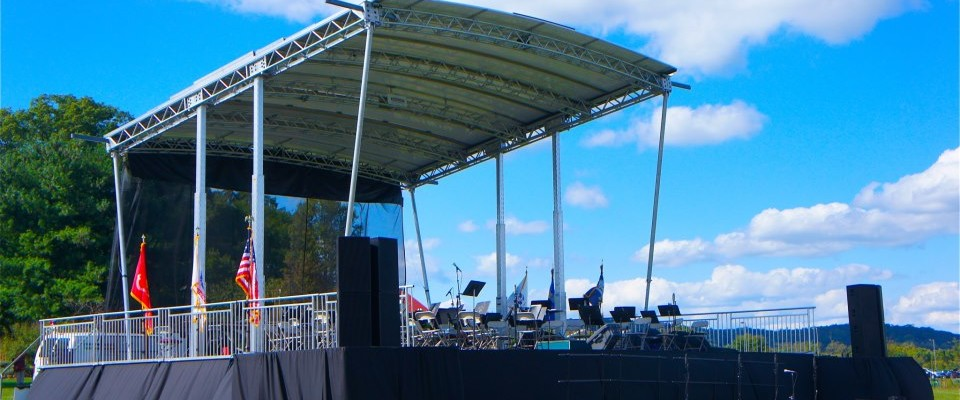 This is a picture of the Marshall Austin MAP32 mobile stage, and EAW kf650 virtual line array system Klassic Sound provided for the sixty-four piece Leesburg Symphony. We could not have asked for a more beautiful day for this concert, hosted in Ida Lee park, Leesburg, VA. #idaleepark, #marshallaustin, #klassicsound, #eawkf650, #mobilestage