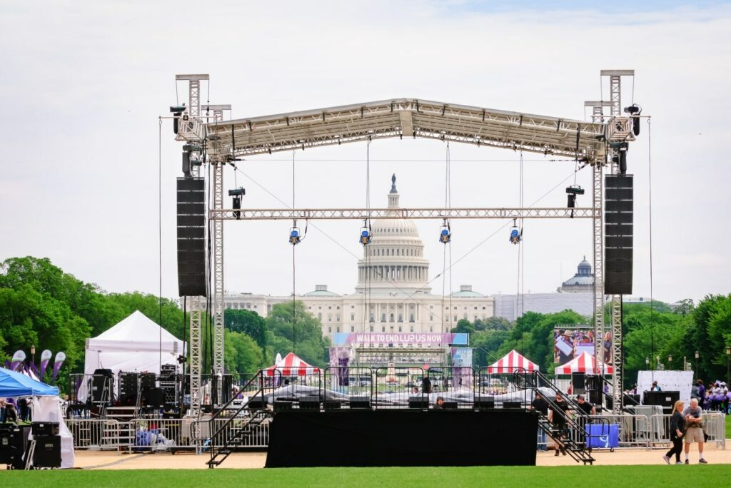 the United States Capitol building acts as the perfect stage backdrop for this event on the national mall in Washington DC